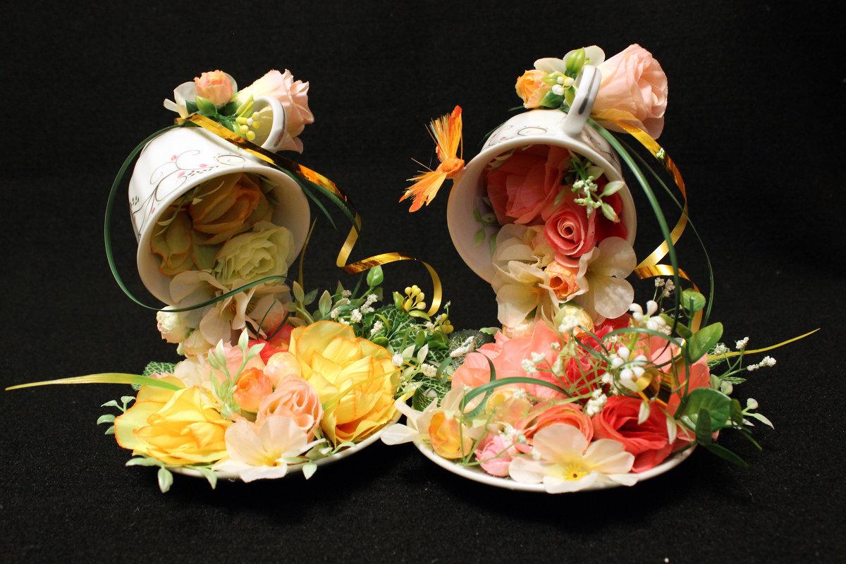 Цветы падающие из кружки своими руками 55